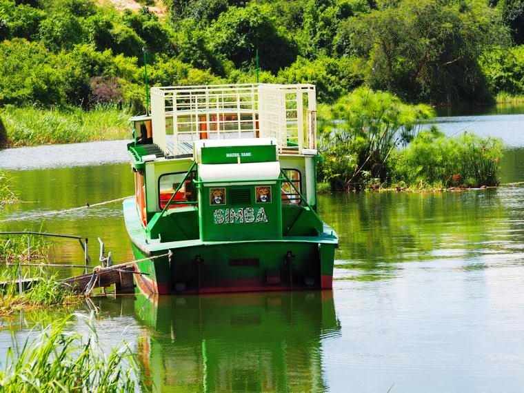 Uganda-Queen-Elizabeth-National-Park-river-cruise